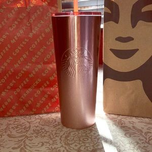 🎄Limited Edition 2019 Starbucks Holiday Tumbler🎄